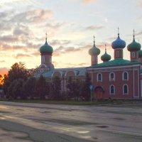 Спасо-Преображенский собор  г. Тихвин :: Сергей Кочнев