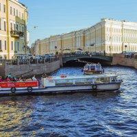 Оживленное движение :: Valerii Ivanov