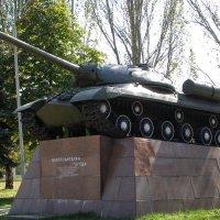 Памятник освободителям города Ясиноватая :: Валерий Новиков