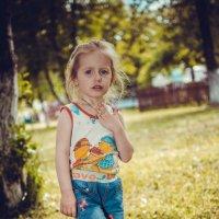 В парке :: Евгений Тихонов