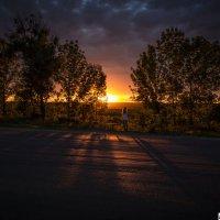 Закат по дороге... :: Александр Мартовецкий