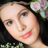 Женский портрет :: Екатерина Дашаева