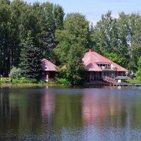 Пруд в парке :: Валерий Новиков