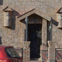 здание ресторана в стиле средневековья :: саша