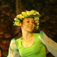 танец :: Михаил Жуковский