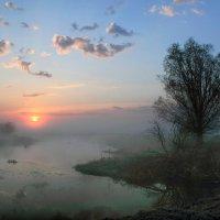 Час розовых облаков :: Сергей Михайлович