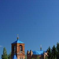Храм в селе Творишичи, Брянской области :: Валерий Хильченко