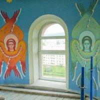 Под куполом храма :: юрий Амосов