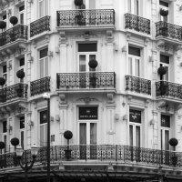 Фасад гостиницы :: Эдуард Цветков