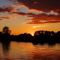 Чудесный закат. :: Антонина Гугаева
