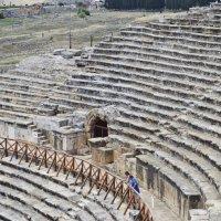 Античный театр :: Полина Бабаева