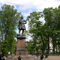Памятник Петру в Кронштадте. :: Ольга Языкова