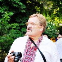 """Колоритная фигура... (из серии """"Фотографии о фотографах"""") :: Наталья Костенко"""