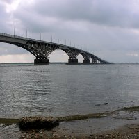 мост через р.Волга :: леонид мамошин