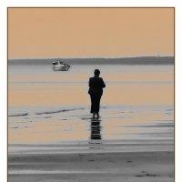 Песок... Море... Хорошо... :: Александр