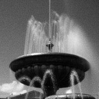 Фонтан на пл им.В.И.Ленина \\серия\\ :: Николай Сапегин
