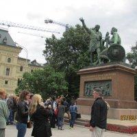 Памятник Минину Пожарскому :: раиса Орловская