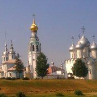 Соборная  горка  в  Вологде..... :: Galina Leskova