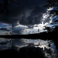 Вечер на озере :: Павел Зюзин