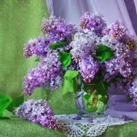 Сирени нежный букет... :: Валентина Колова