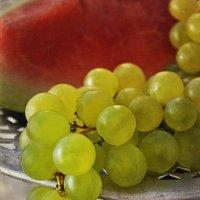 С арбузом и виноградом. :: Горбушина Нина