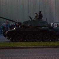 Ночной парад в Минске :: G Nagaeva