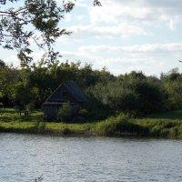 Домик у реки :: Анастасия Ляхина