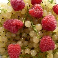 Вкусное лето :: Марина Ежова