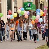 Гуляли мы по городу :: Владимир Болдырев
