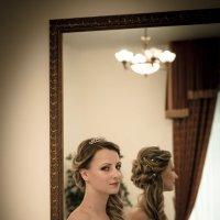 у зеркала :: елена брюханова