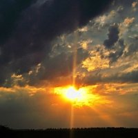 Небо грозовое :: Валентина Пирогова