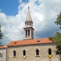 Храм в Старом городе Будва :: Валерий Судачок