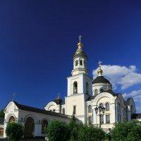 Тропинка к храму :: Дмитрий Авдонин
