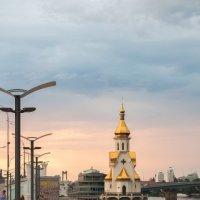 Набережная Днепра :: Андрей Абрютин