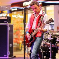 Этот парень с гитарой :: Дмитрий Арсеньев