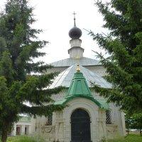 Дорога  к  храму.......Крестовская (Кресто-Никольская) церковь :: Galina Leskova