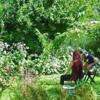 Музыка в саду :: Дмитрий Сажин
