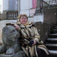 На прогулке по усадьбе Демидова... :: Tatiana Markova