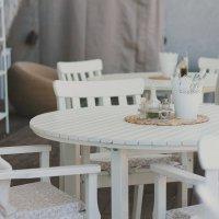 в летнем кафе :: Tasha