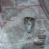 Фрагмент памятника В.Высоцкому. Черный человек. :: Любовь (Or.Lyuba) Орлова