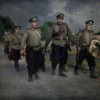 1916. Пулеметчики на марше :: Виктор Перякин
