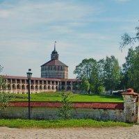 Старые стены :: Анатолий Смирнов