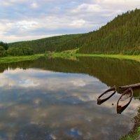 Река Чусовая у села Кын :: Валерий Симонов