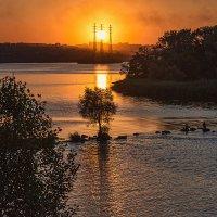 Рыбалка на закате :: Юрий Муханов