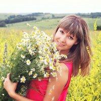 Солнечная жизнерадостная Оксанка :: Надежда Батискина