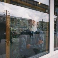 В окне :: Artem72 Ilin