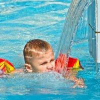 Маленький купальщик. :: Виктор Евстратов