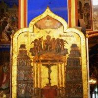 В  Богородице-Рождественском соборе  Суздальского кремля :: Galina Leskova