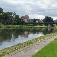Боденвердер расположен на берегу реки Везер :: Елена Павлова (Смолова)
