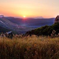 Рассвет в горах :: Ирина Рассветная